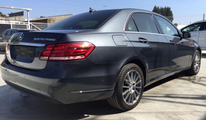 Mercedes-Benz E300 Elegance cheio
